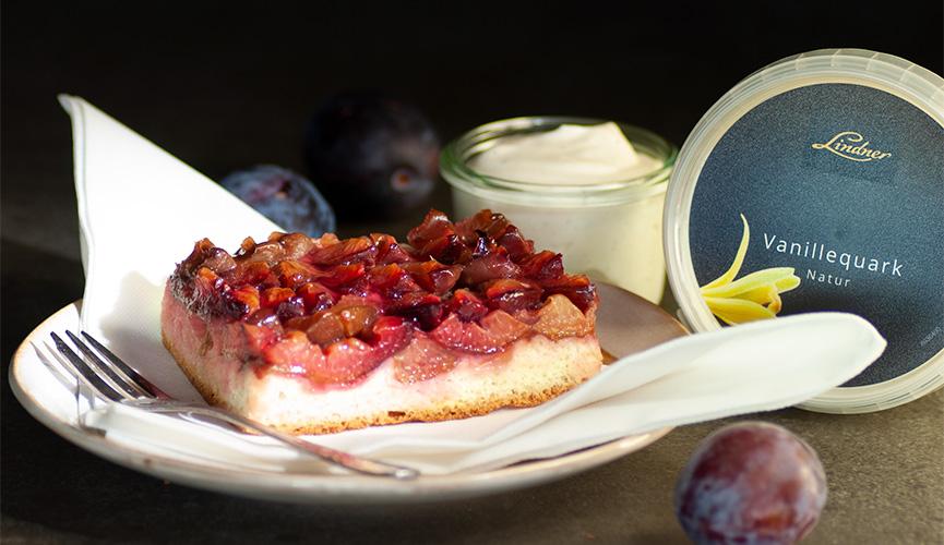 Pflaumenkuchen mit Vanillequark